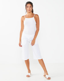Lizzy Wave Ladies Walkshorts White