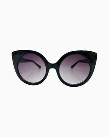 Miss Boss Fashion Cateye Sunglasses with Gradient Lenses in Black