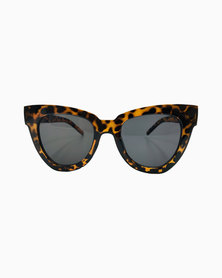 Miss Boss Classic Catseye Sunglasses in Animal Print in Brown