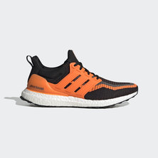 ULTRABOOST DNA X JUVENTUS SHOES