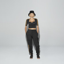 IVY PARK CARGO SWEAT PANTS (GENDER NEUTRAL)