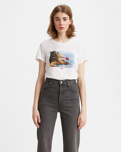 Levi's® Women's Graphic Surf T-Shirt
