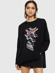 Oversized Pullover with Eye Intarsia