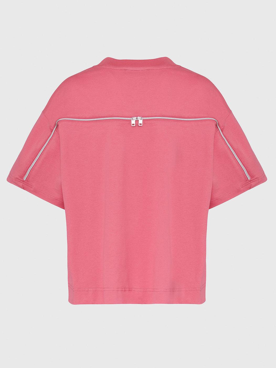 T-Shirt With Trompe L'Oeil Necklace
