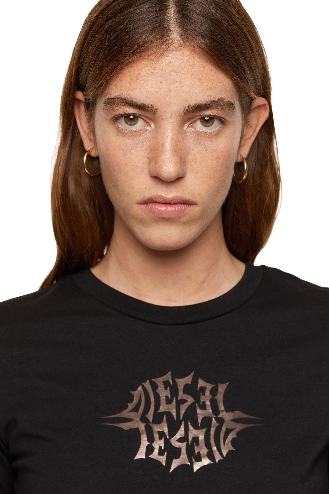 T-shirt with metallic foil print