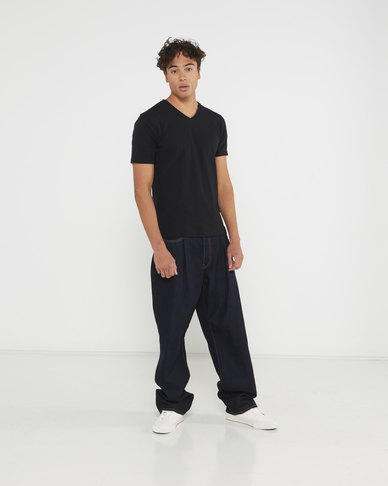 Levi's® Men's Stay Loose Pleated Jeans