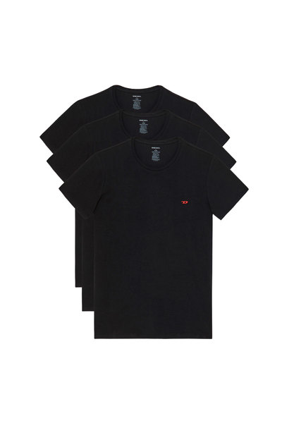 Three pack of T-shirts with D logo