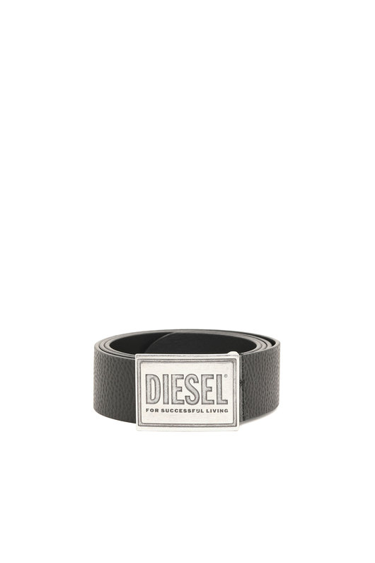 Belt in textured leather