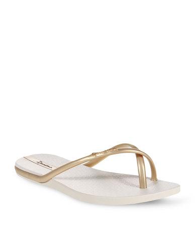 93b4c49cb1f Ipanema Fit Flip Flops Gold