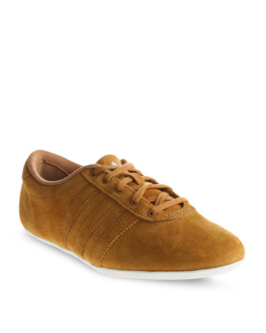 04411e5748a adidas Newline Sneakers Wheat | Zando