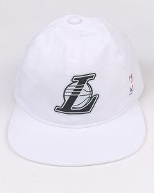 adidas NBA Snapback Cap Lakers White