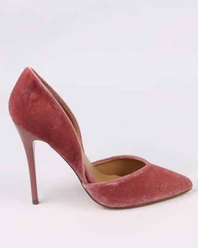 Madison Monroe Courts Pink