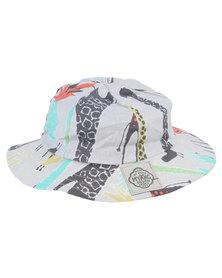 Myang Graphic Giraffe Hat Multi