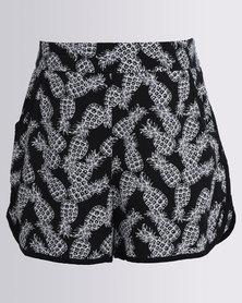 New Look Nancy AOP Pineapple Shorts Black