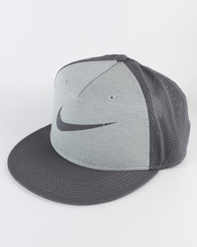 Nike Kids True Cap Swoosh Grey