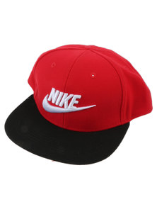 Nike Boys True Limiteless Snapback Peak Cap Red