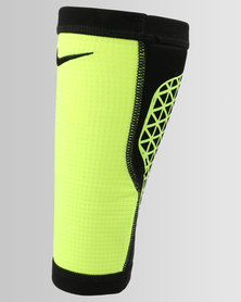 Nike Performance Pro Combat Hyperstrong Calf Sleeve Black