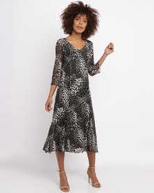 Queenspark Muted Animal Mesh Printed Knit Dress Black