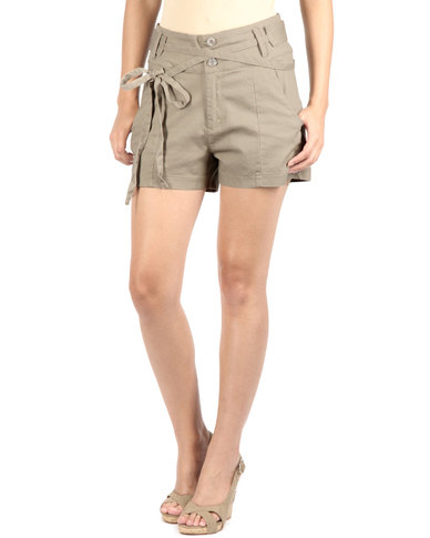 Utopia Shorts With Double Self Belt Beige