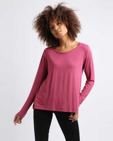 Utopia Relaxed Fit Tee Berry